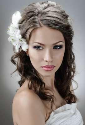 تسريحات متنوعة ليوم زفافك 3909831297.jpg
