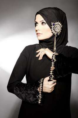 طرق مختلفة ومتنوعة لوضع الحجاب 3909840080.jpg