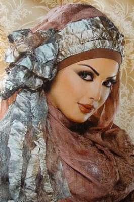 طرق مختلفة ومتنوعة لوضع الحجاب 3909840082.jpg