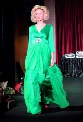 عبايات وأزياء عصرية في حفل رولز رويس 3909841765.jpg