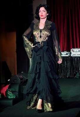 عبايات وأزياء عصرية في حفل رولز رويس 3909841772.jpg