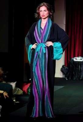 عبايات وأزياء عصرية في حفل رولز رويس 3909841778.jpg