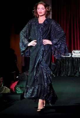 عبايات وأزياء عصرية في حفل رولز رويس 3909841784.jpg