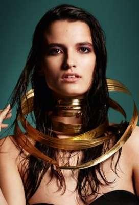 مجوهرات متألقة ومؤثرة تتناسب مع أزياءك 3909842137.jpg