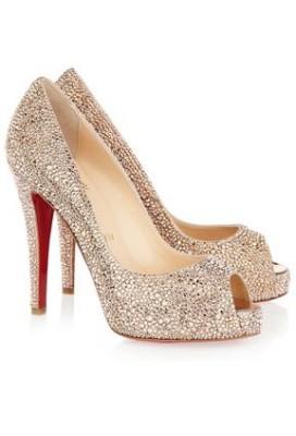 أرقى الأحذية لحفل رأس السنة 3909858976.jpg