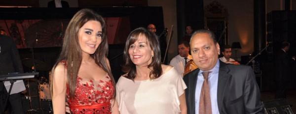 فستان سيرين عبد النور الذي أغضب المتواجدين في حفل خيري 3909888337