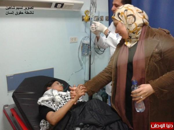 النساء بغزة يبنون خيمات التضامن الاسرى بسواعدهن شاهد الصور 3909890147.jpg