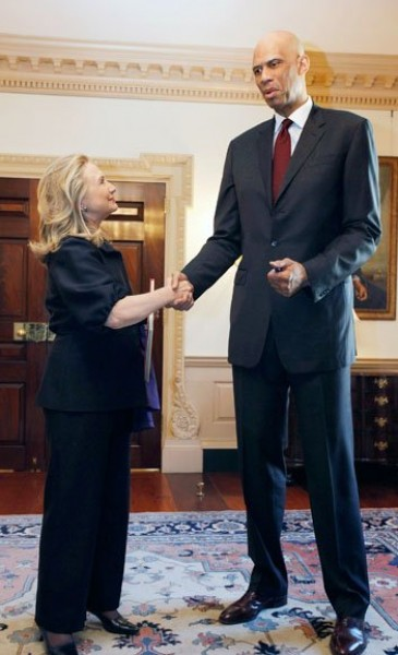 الصور الأكثر كوميدية للسياسيين العالميين 3909893995.jpg