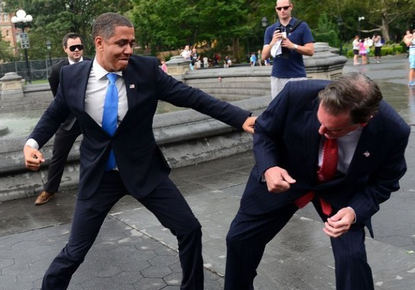 الصور الأكثر كوميدية للسياسيين العالميين 3909894000.jpg