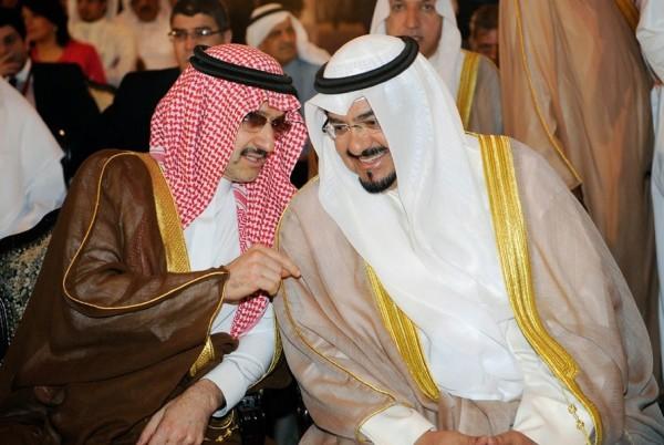 بالصور: تعرّف الحياة المذهلة التي يعيشها الأمير الوليد طلال 3909895633.jpg