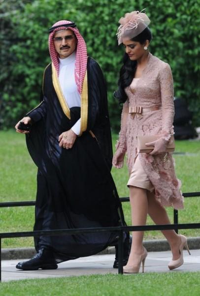 بالصور: تعرّف الحياة المذهلة التي يعيشها الأمير الوليد طلال 3909895635.jpg