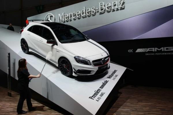 بالصور:أحدث أروع تصاميم السيارات معرض