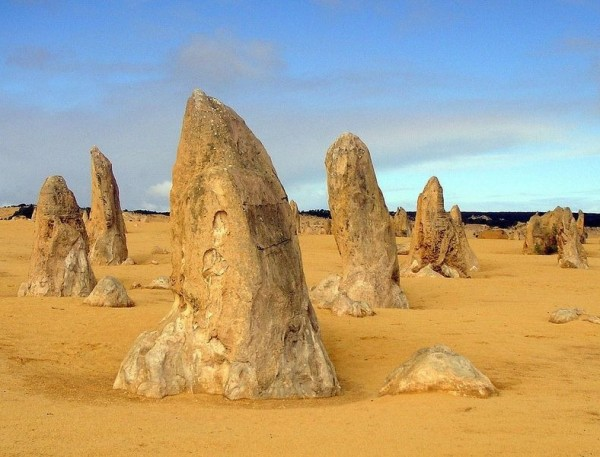 الصحراء الأعمدة الحجرية الجيرية حديقة نامبونج الوطنية استراليا 3909899841.jpg