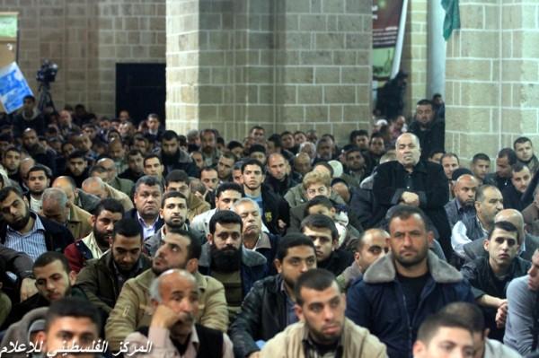 """جنازة """"خنساء فلسطين""""..فيديو لرثائها وشاب 3909900957.jpg"""