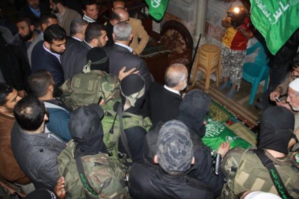 """جنازة """"خنساء فلسطين""""..فيديو لرثائها وشاب 3909900978.jpg"""
