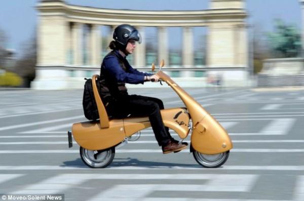 """بالصور:اختراع دراجة نارية """"قابلة للطي"""" 3909901872.jpg"""