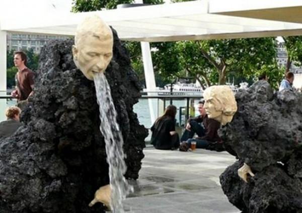 تماثيل غريبة وعجيبة ورائعة 3909917477.jpg