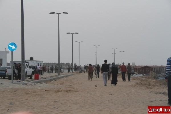 """شاهد بالصور .. بـ""""30 شيكل"""" : رحلة بحرية وسط بحر غزة .. المواطنون يهربون للبحر .. وأدوات الأمان والسلامة متوفرة 3909921010"""