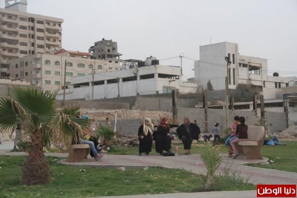 """شاهد بالصور .. بـ""""30 شيكل"""" : رحلة بحرية وسط بحر غزة .. المواطنون يهربون للبحر .. وأدوات الأمان والسلامة متوفرة 3909921011"""