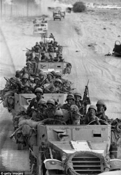 نادرة لهزيمة الجيش المصري ونكسة67 3909925327.jpg