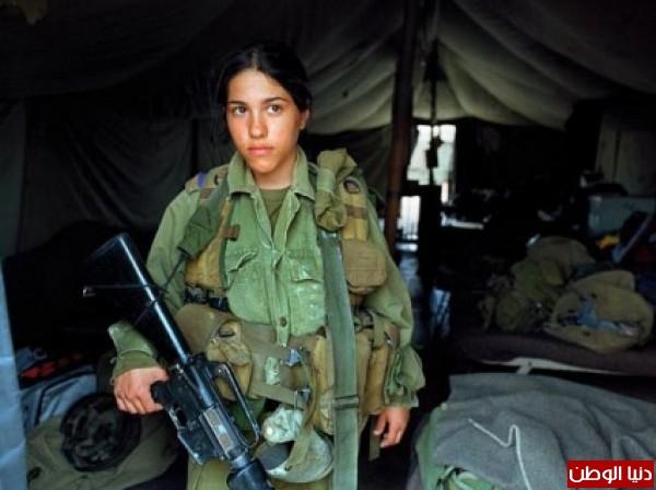 مجندات الجيش الإسرائيلي حدود قطاع 3909928103.jpg