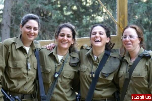 مجندات الجيش الإسرائيلي حدود قطاع 3909928148.jpg