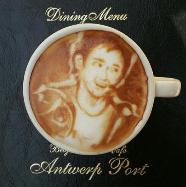 لوحات فنية برغوة القهوة 3909930784.jpg