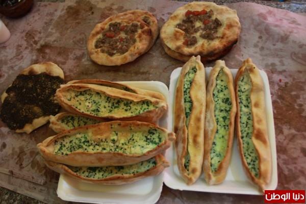 بغزة:لاجئون سوريون يفتحون مطاعم للماكولات 3909939678.jpg