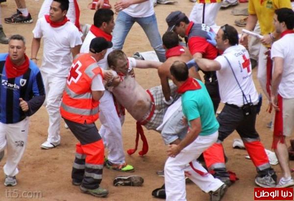 رهيبة مهرجان مطاردة الثيران اسبانيا 3909965566.jpg