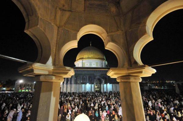 ليله القدر المسجد الاقصي الملايين 3909970192.jpg