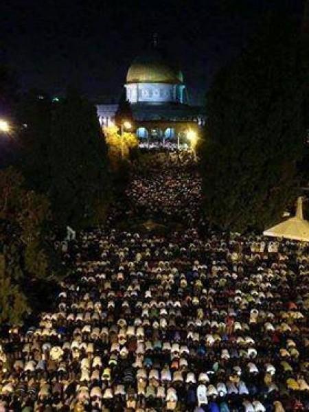 ليله القدر المسجد الاقصي الملايين 3909970194.jpg