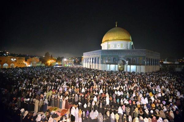 ليله القدر المسجد الاقصي الملايين 3909970203.jpg