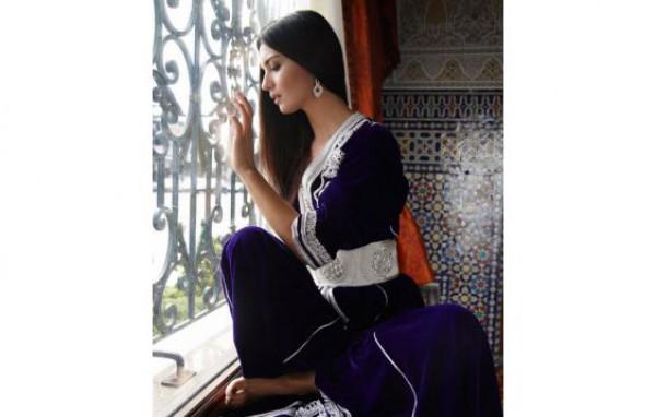 المكياج التركي لمظهر عصري يواكب الموضة 3909984667.jpg