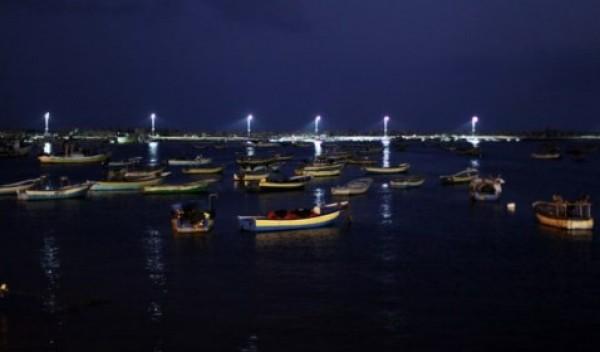 شاهد بالصور توافر للأسماك بغزة 3909985380.jpg