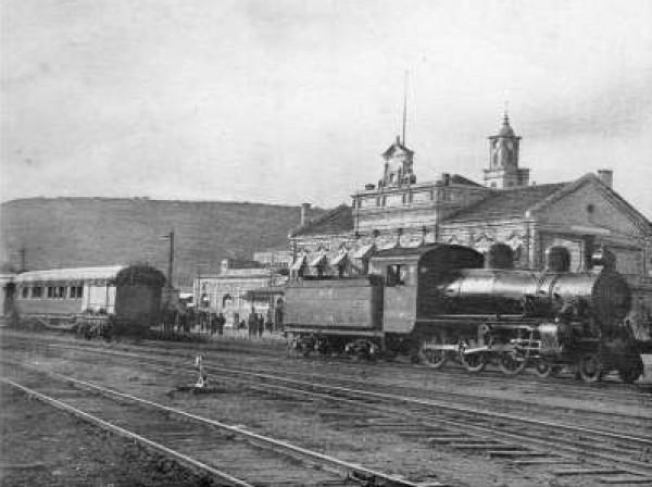 الذاكرة..شاهد بالصور خطوط السكك الحديد 3909986165.jpg