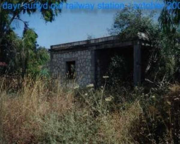 الذاكرة..شاهد بالصور خطوط السكك الحديد 3909986200.jpg