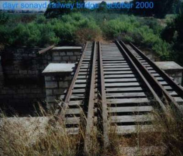 الذاكرة..شاهد بالصور خطوط السكك الحديد 3909986201.jpg