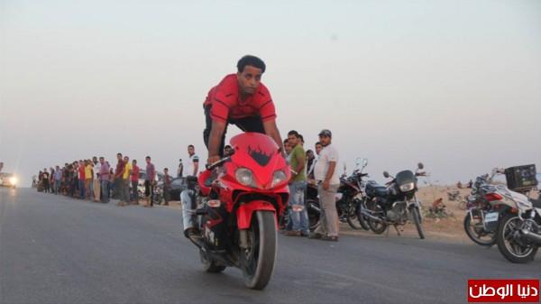 استعراضات لعشاق الدراجات النارية بغزة 3909989696.jpg