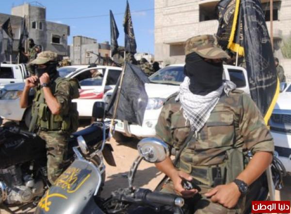 بالصور-سرايا القدس تنظم عسكري لعناصرها 3910014928.jpg