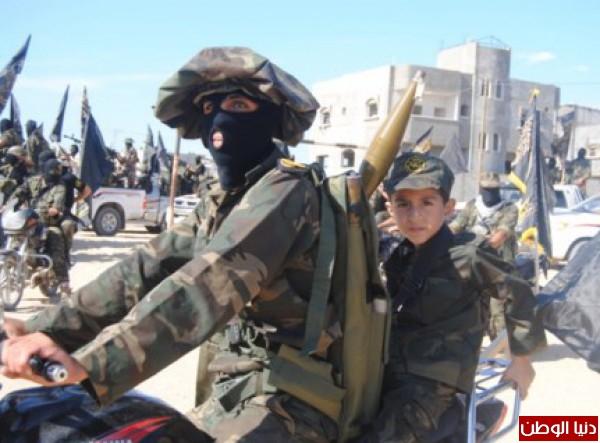بالصور-سرايا القدس تنظم عسكري لعناصرها 3910014931.jpg