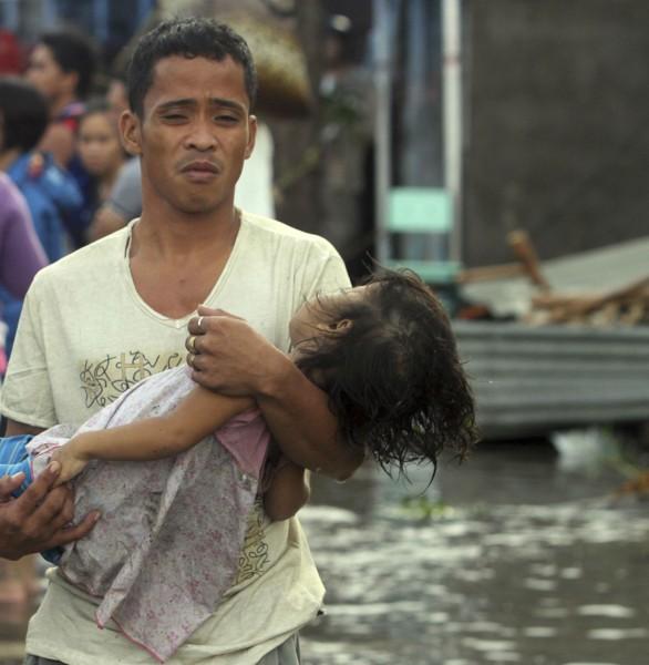 """بالصور جولة ميدانية اعصار """"هايان"""" الفلبين 2014 3910026759.jpg"""