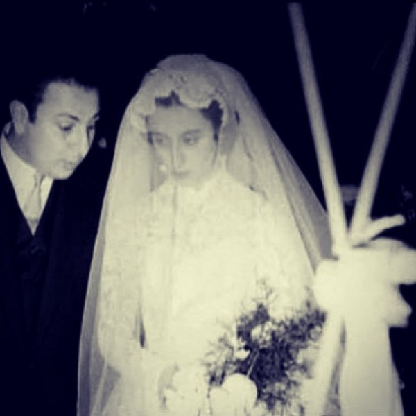 3910028776 صورة نادرة لزواج الفنانة فيروز علي عاصي الرحباني عام 1954