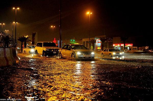 3910032213 صور سيول و امطار السعودية اليوم
