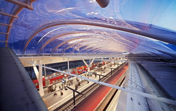 صور ومعلومات عن محطة سكك حديد اوستيريا سالزبيرج عالم من الحداثة المعمارية 3910040957.jpg