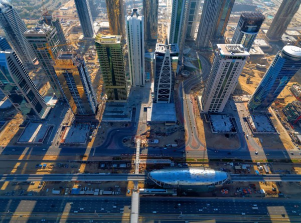 3910053681 صورة مدينة دبي من اعلي من السماء