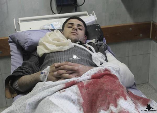 كريسماس غزّة باللون الأحمر بالصور: 3910065120.jpg