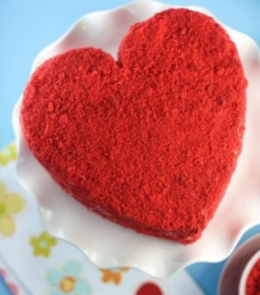 طريقة كعكة الحب المخملية الحمراء