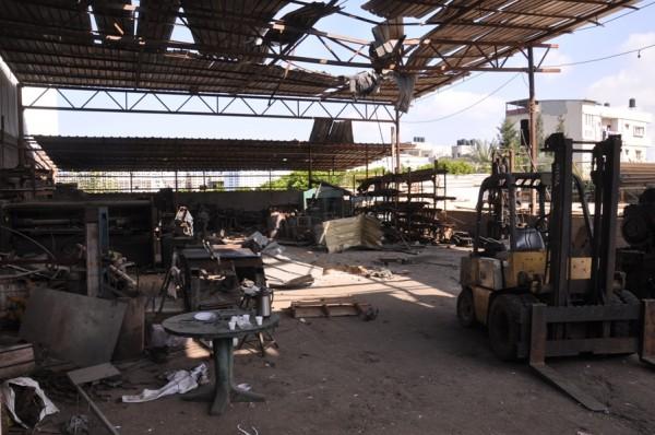 بالصور: خسائر كبيره آثار الغارات 3910134217.jpg