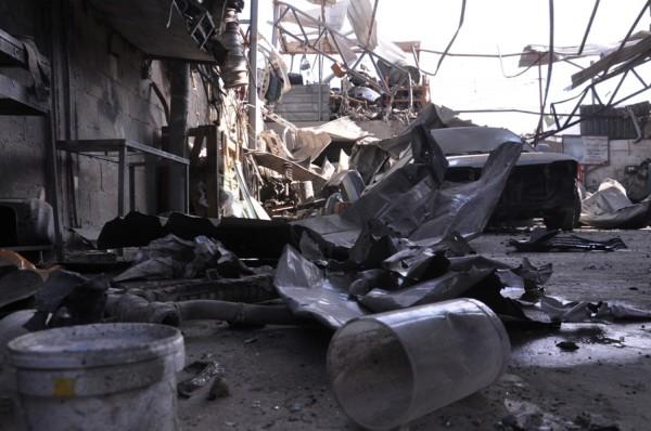بالصور: خسائر كبيره آثار الغارات 3910134223.jpg