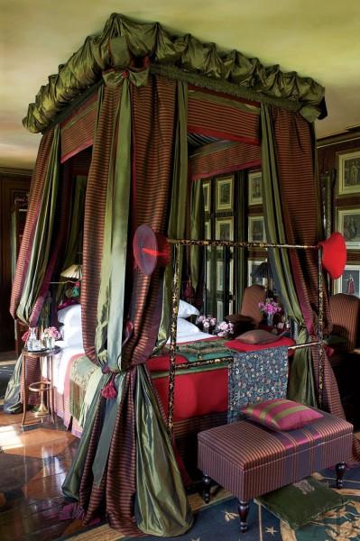 الفخامة الرومنسية بغرفة نومك السرير 3910159110.jpg